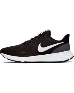 Chaussures Nike Revolution 5 Noires pour Femme BQ3207-002