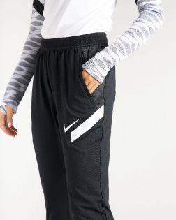 Pantalon Nike Dri-FIT Strike 21 Noir pour Femme CW6093-010