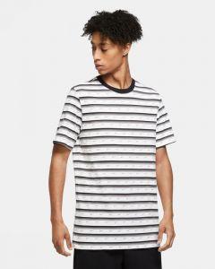 tee-shirt-nike-sportswear-raye-pour-homme-CV9867