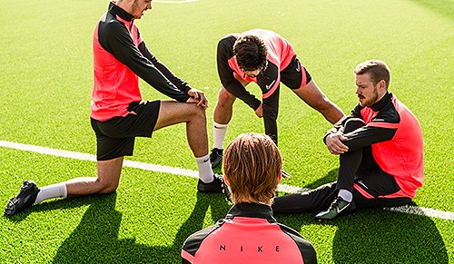 Découvrez la gamme entrainement Nike Academy Pro
