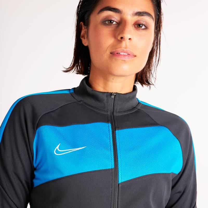 Tenues d'entrainement Nike pour femme