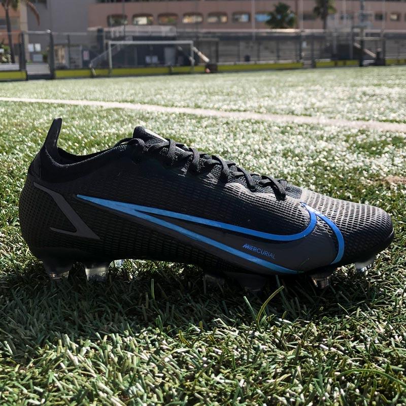 Renew Pack - Chaussures de football Nike Phantom et Mercurial