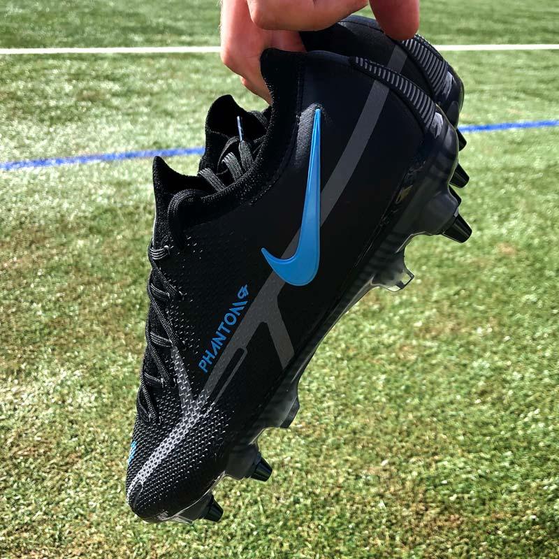 Nike Renew Pack Phantom et Mercurial